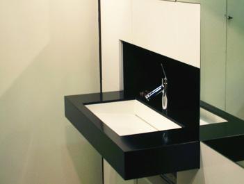 Blok Banyo Siyah